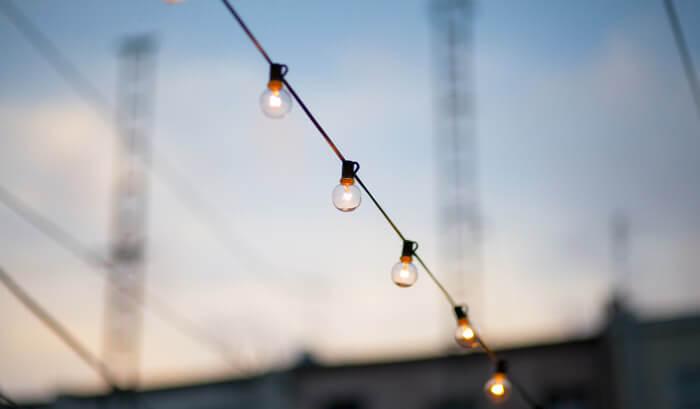 varal de lâmpadas